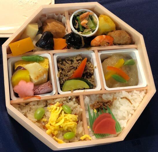 アメックスの横浜花火大会のお弁当(なだ万厨房)