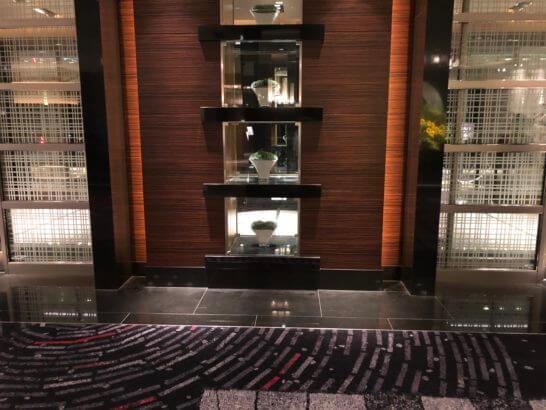 ホテルニューオータニ ザ・メインの入り口