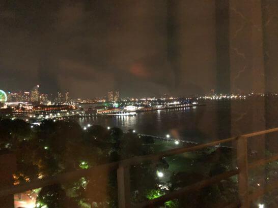 ホテルニューグランド客室からの夜景