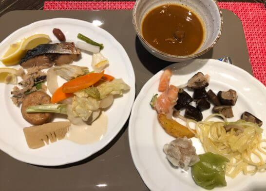 サバ、レモン、人参、きのこ、筍、その他煮野菜、がんも、鮭、ポテトフライ、点心、パスタ、カレー