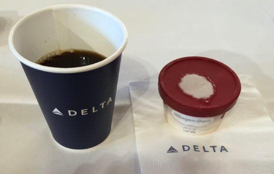 デルタ航空のコーヒー、ハーゲンダッツ