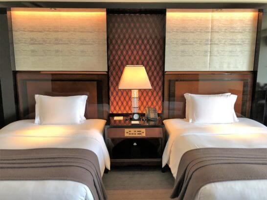 ザ・リッツ・カールトン東京の東京デラックスツインのベッド