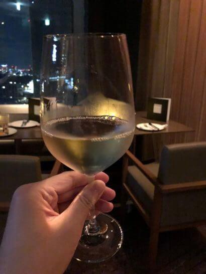 ANAインターコンチネンタルホテル東京のクラブラウンジの白ワイン