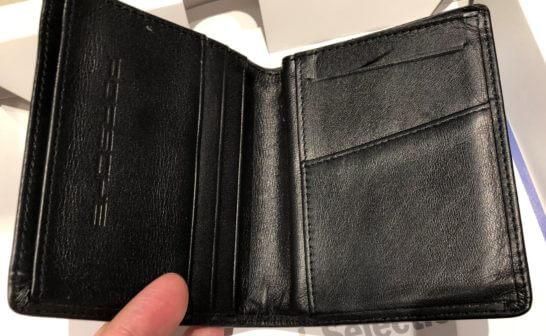 ポルシェカードのウェルカムギフトのカードケース