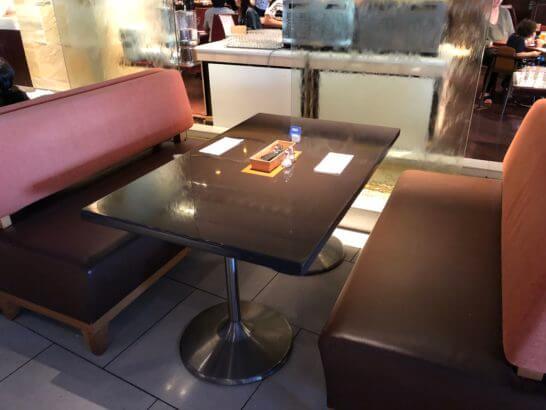 ヒルトン東京ベイの朝食テーブル
