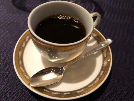 ダイナースクラブ フランスレストランウィークのガラディナーのコーヒー