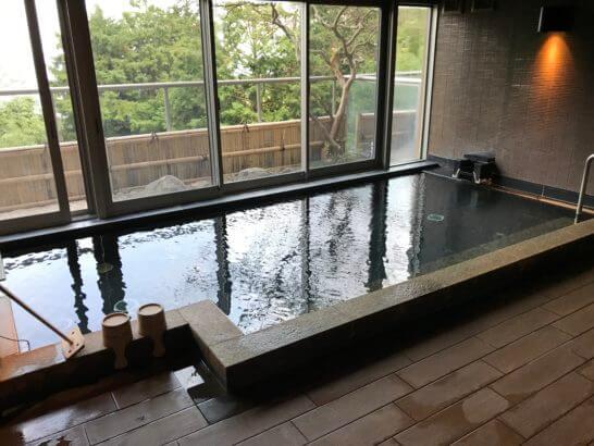 熱海せかいえの大浴場