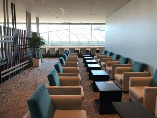 SKY LOUNGE ANNEXの室内