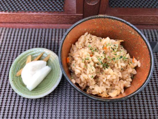東京レストランバスの和モダンランチ(食事)