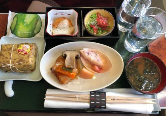 JAL国内線ファーストクラスの夕食