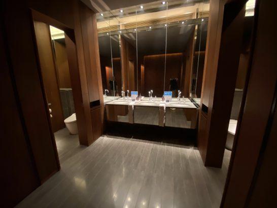 アンダーズ東京51Fのトイレ