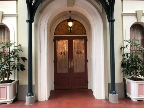 ディズニーのクラブ33の入り口