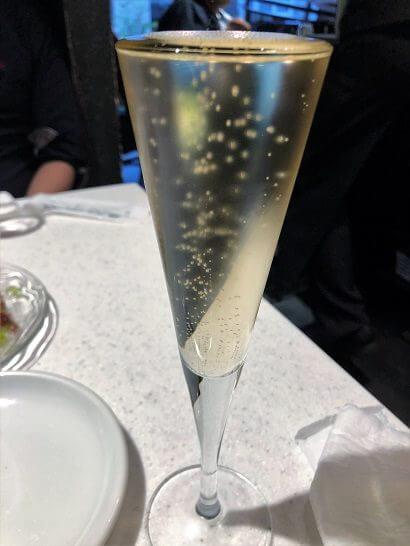 俺のフレンチのシャンパン