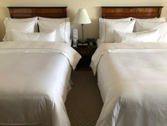 ウェスティンホテル東京の14Fのツインルームのベッド
