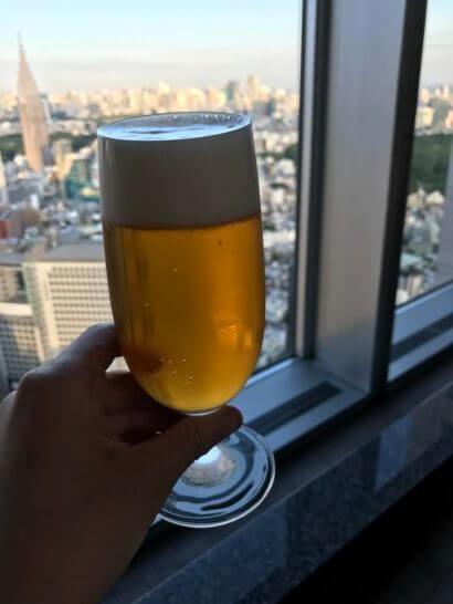 パークハイアット東京のピークラウンジのカクテルフローのビール