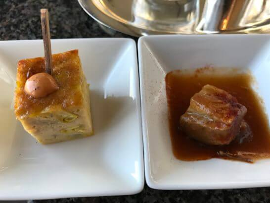 パークハイアット東京のピークラウンジのカクテルフローの卵料理・角煮