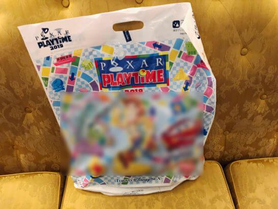 ディズニーグッズが入っている袋