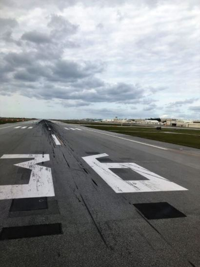 那覇空港の滑走路