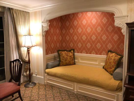 東京ディズニーランドホテルのミニベッド・ソファー