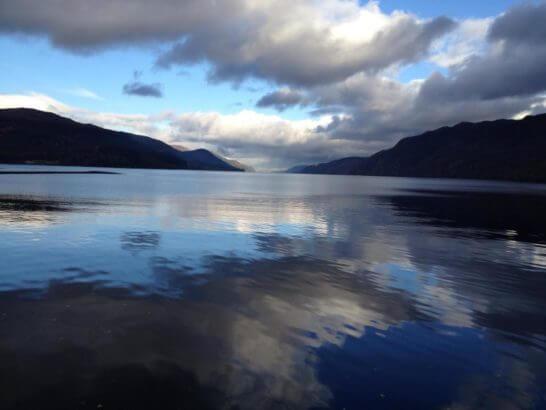スコットランドのネス湖