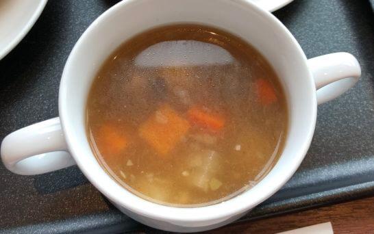 JALダイヤモンドプレミアラウンジの野菜スープ