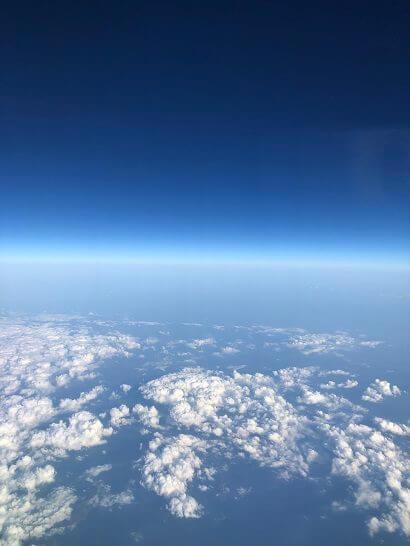 JALの飛行機の機内からの景色