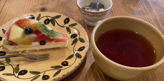 丸井のカフェのケーキ・紅茶