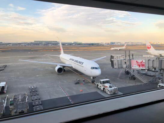 羽田空港国内線サクララウンジ(北ウイング)からの景色