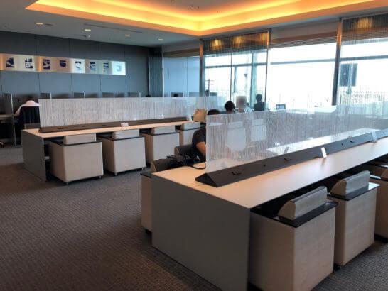 ANAラウンジ 羽田空港国内線(本館南)ビジネスエリアのカウンター席