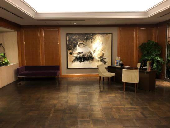 東京マリオットホテルのフロントエリア