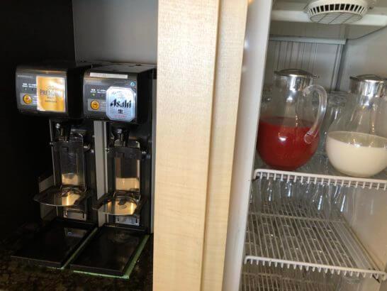 デルタスカイクラブ(成田空港)のビール・トマトジュース・牛乳
