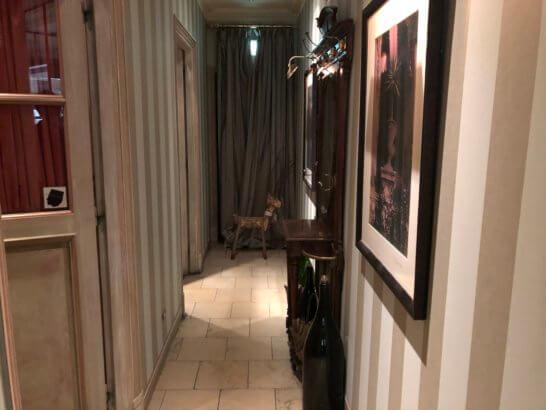ビストロブノワのトイレ入り口