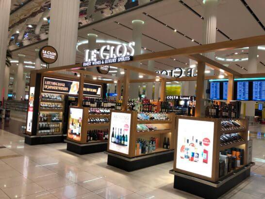 ドバイ国際空港のお酒のショップ