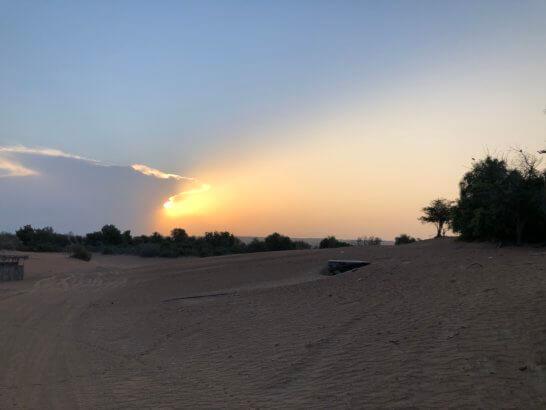 早朝の砂漠
