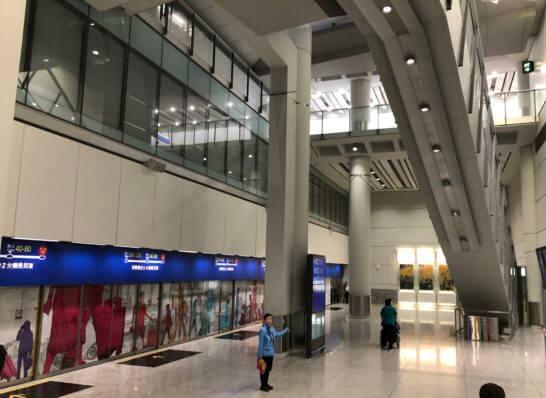 香港国際空港のシャトル地下鉄