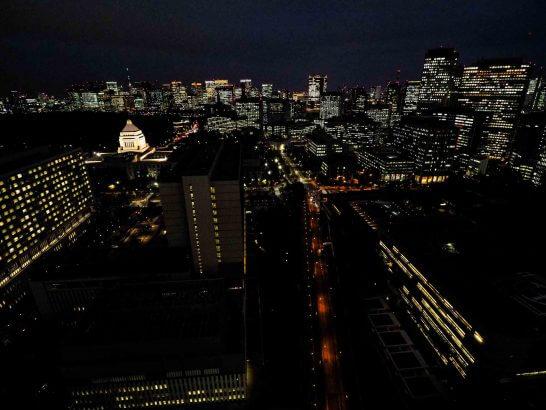 ザ・キャピトルホテル 東急のエグゼクティブスイートの部屋からの夜景1