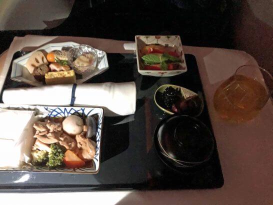 ANAビジネスクラスの朝食(和食)