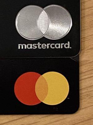 Mastercardのロゴ(ワールドエリートとプラチナカード)