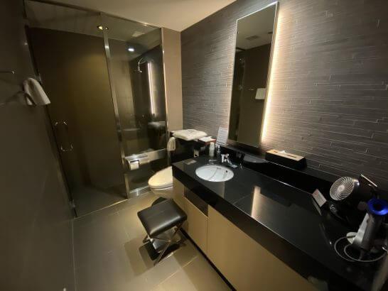 ANAスイートラウンジ(羽田)のシャワールーム