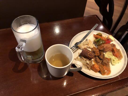 シンガポール航空 シルバークリスラウンジの食事