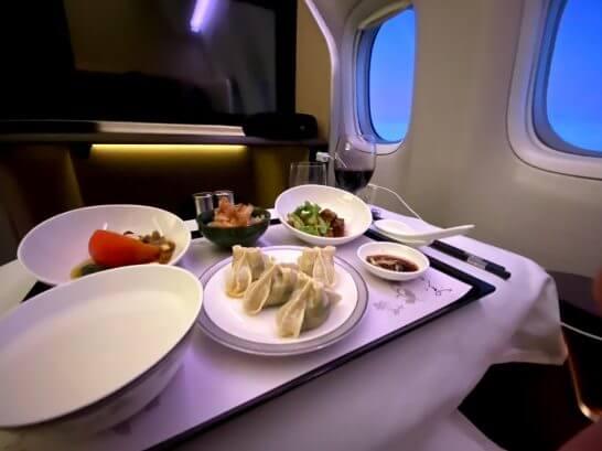 シンガポール航空のファーストクラス (夕食)