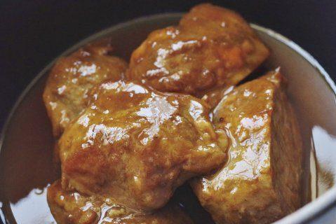 豚ほほ肉の煮込み