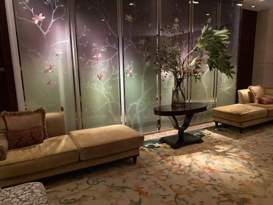 シャングリ・ラホテル東京のロビーフロア