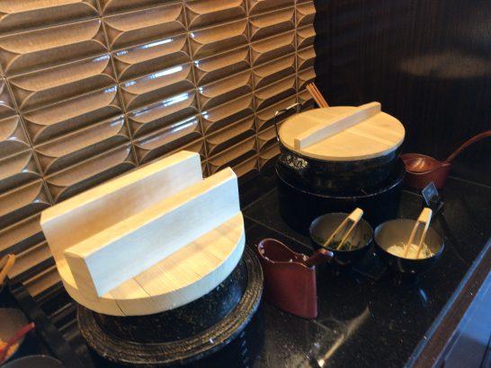リッツカールトン東京のクラブラウンジのご飯・味噌汁