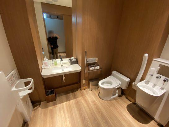 インターコンチネンタル横浜Pier8のバリアフリートイレ