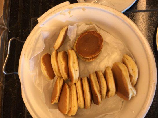 リッツカールトン東京のクラブラウンジのホットケーキ