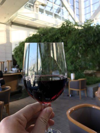パークハイアット東京のトワイライトタイムの赤ワイン