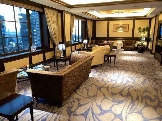ウェスティンホテル大阪のエグゼクティブクラブラウンジの右側ゾーン