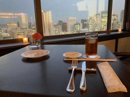 ウェスティンホテル大阪のエグゼクティブクラブラウンジのアイスティー