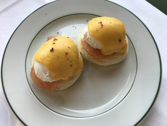 パークハイアット東京の朝食のポーチドエッグ